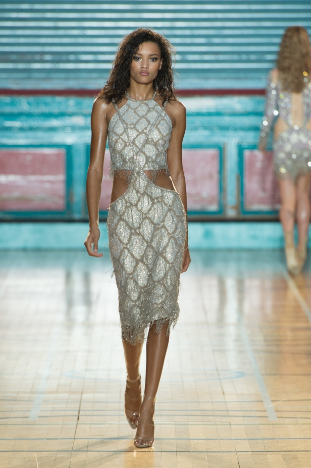 julien-macdonald-spring-summer-2017-look-29